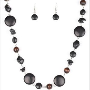 Canyon Collection Black Necklace & Earrings Set